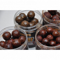 Mikbaits - Boilie v dipu Gangster 250ml / 20mm - G7 Master Krill